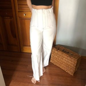 White High-Waisted Contemporary Jeans